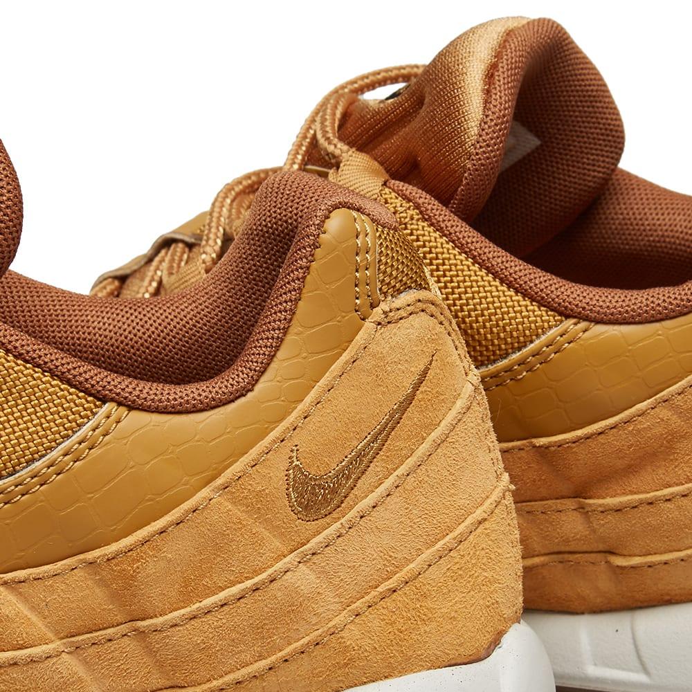 the best attitude 49051 72d04 Nike Air Max 95 SE Wheat, Light Bone   Black   END.