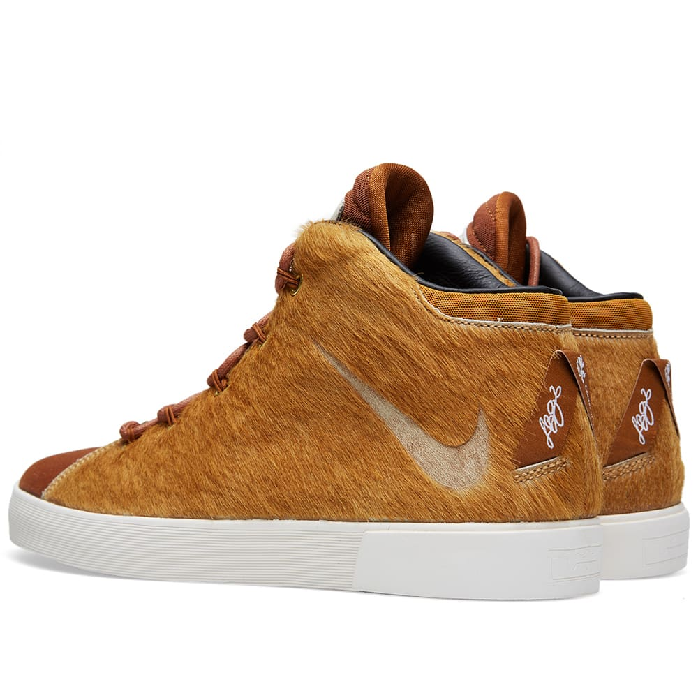 newest 9eff8 2160c Nike LeBron XII NSW Lifestyle QS  Lion s Mane  Camel   Hazelnut   END.