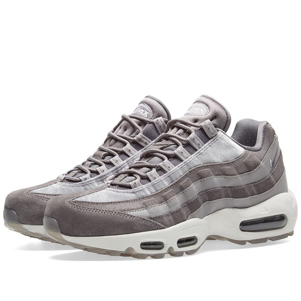 the latest f4b44 13f9f Nike Air Max 95 LX W Gunsmoke, Grey   White   END.