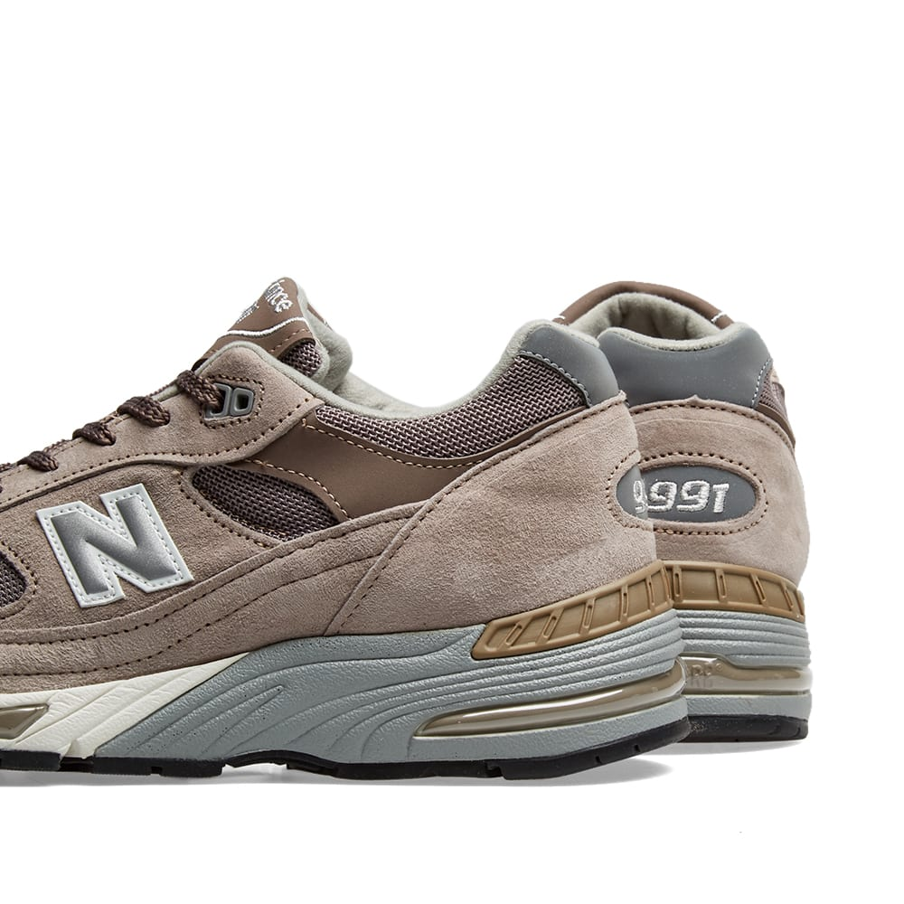 7f09479865 New Balance M991EFS - Made in England Cappuccino & Silver | END.