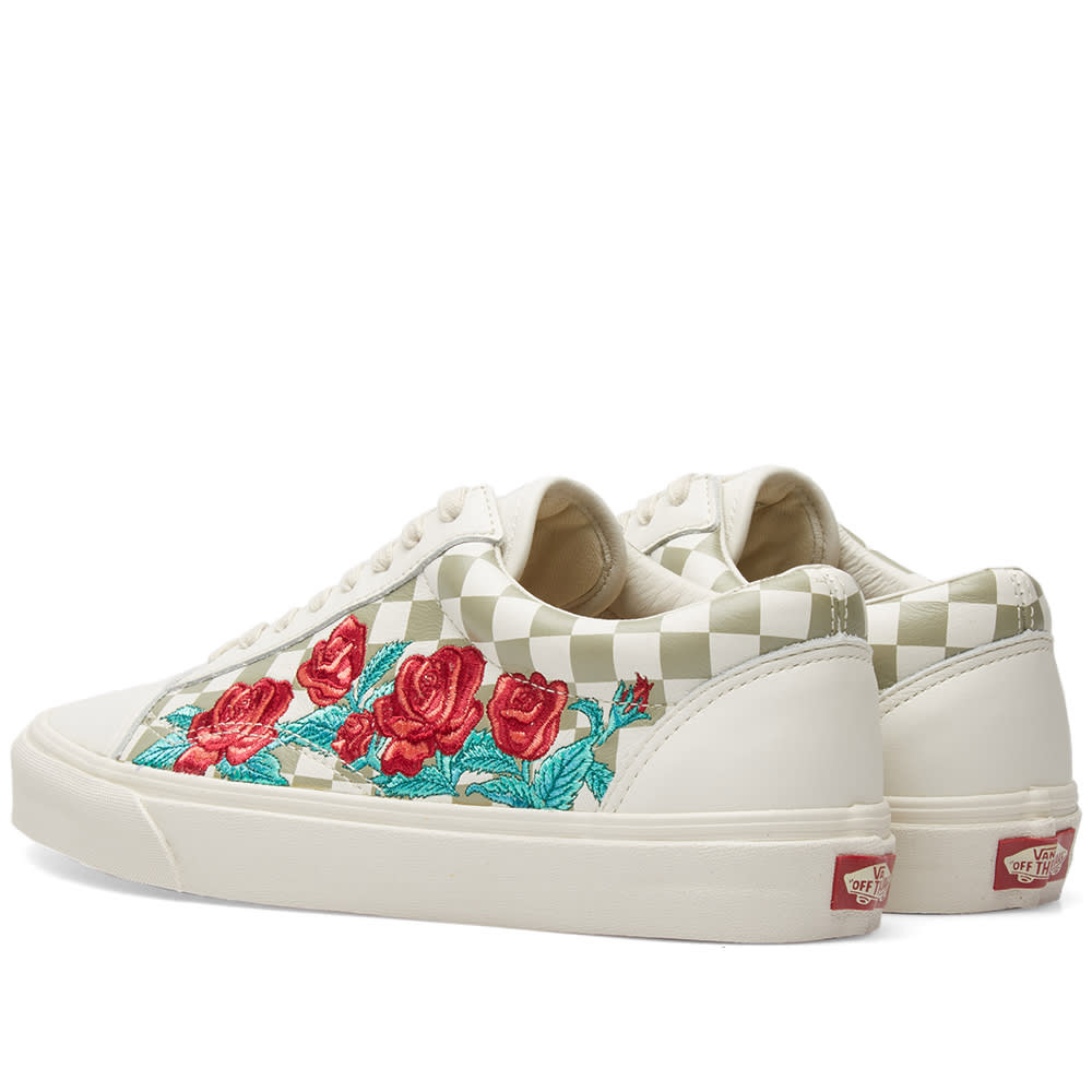 ec22b5d24f2 Vans Old Skool DX Rose Embroidery Marshmallow   Turtledove