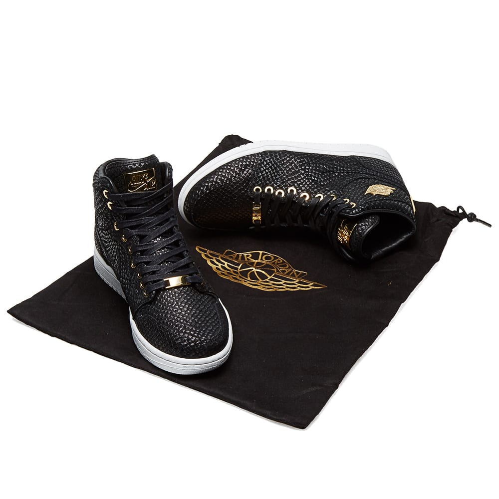 best service 67d80 27b18 Nike Air Jordan 1 Pinnacle Black   Metallic Gold   END.