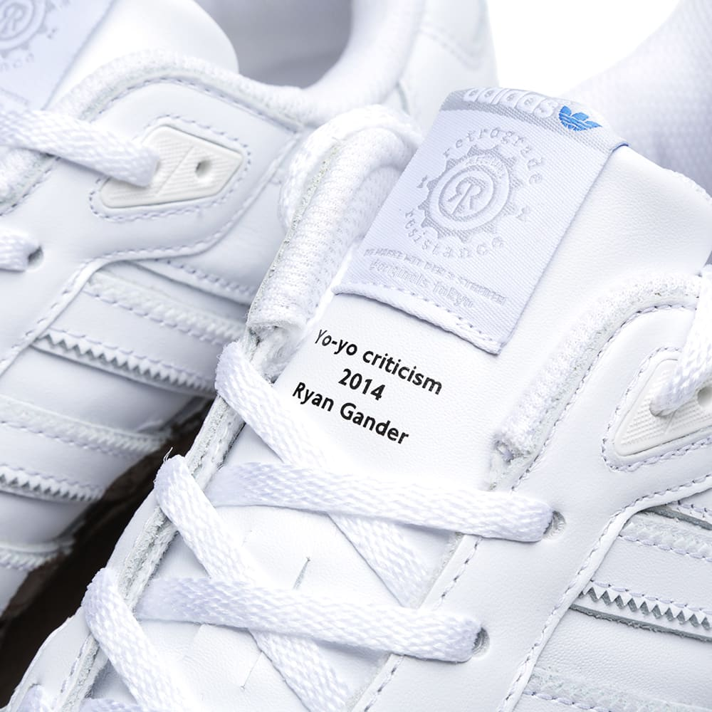 purchase cheap 52c2d 8e249 Adidas x KZK ZX 750 RG 84-Lab.  Mud  Running White   END.