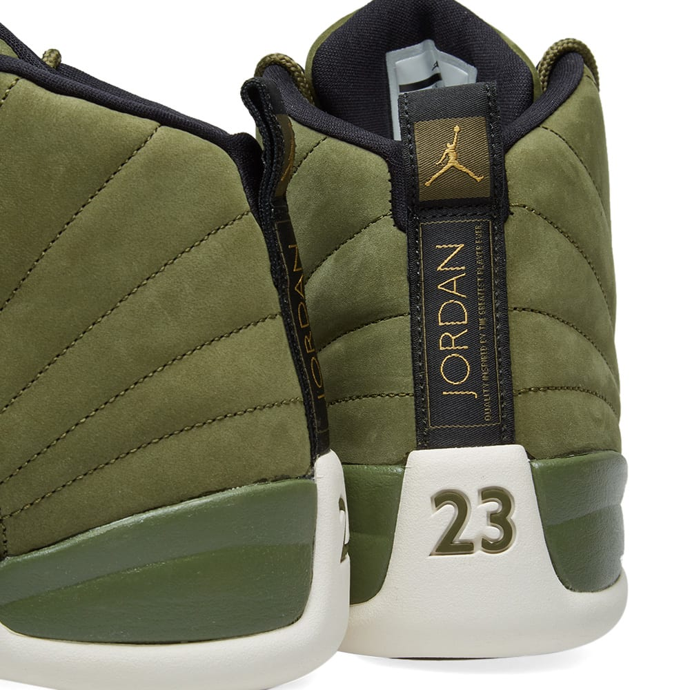 pretty nice e7db8 af33e Air Jordan 12 Retro Olive Canvas, Black   Sail   END.