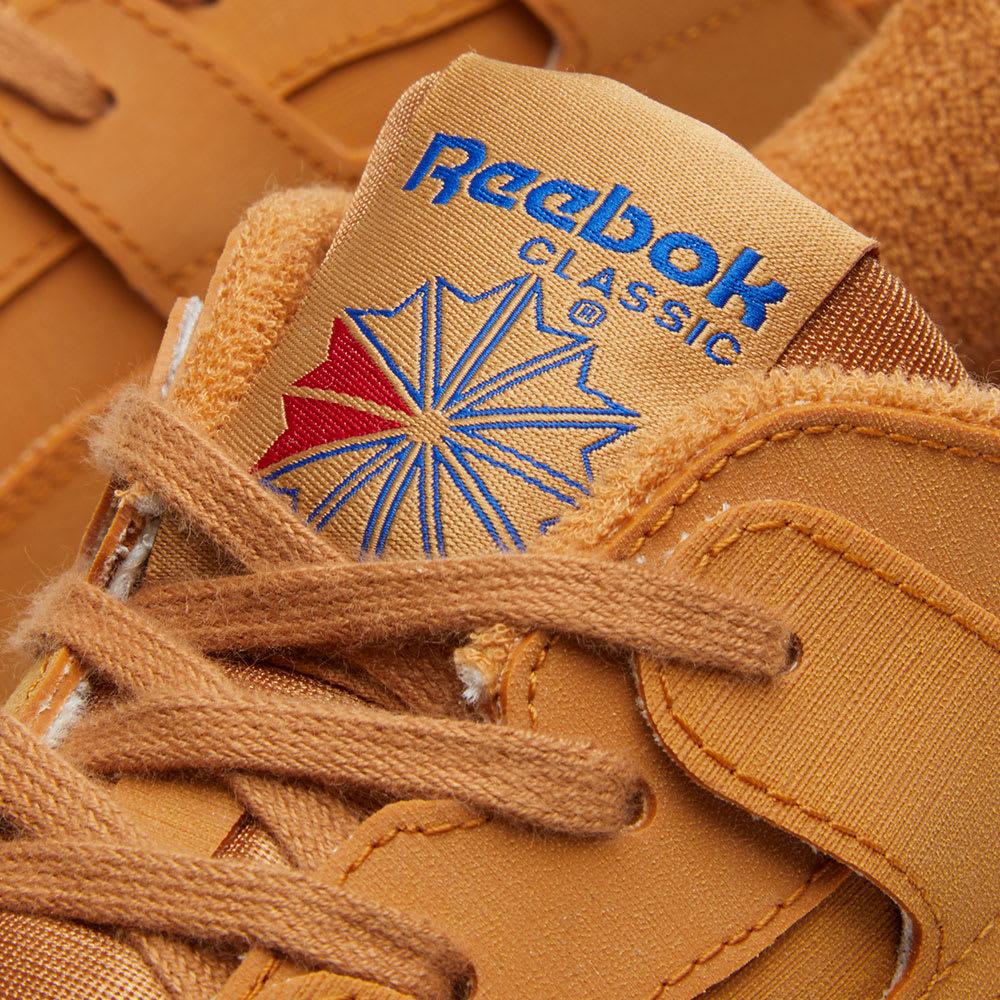 best website 81545 782a3 Reebok x Packer Shoes Workout Lo Plus Gum & White | END.