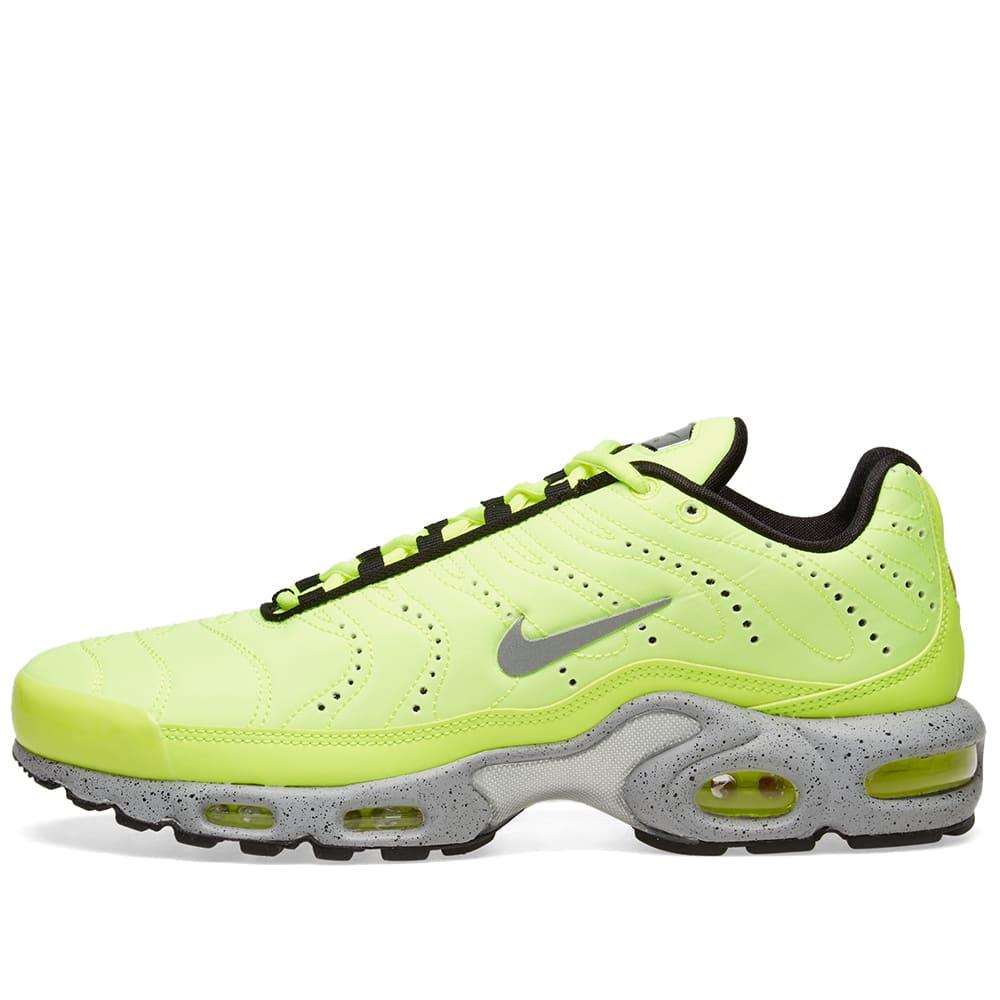 on sale 3f3e9 02bec Nike Air Max Plus Premium Volt, Matte Silver   Grey   END.