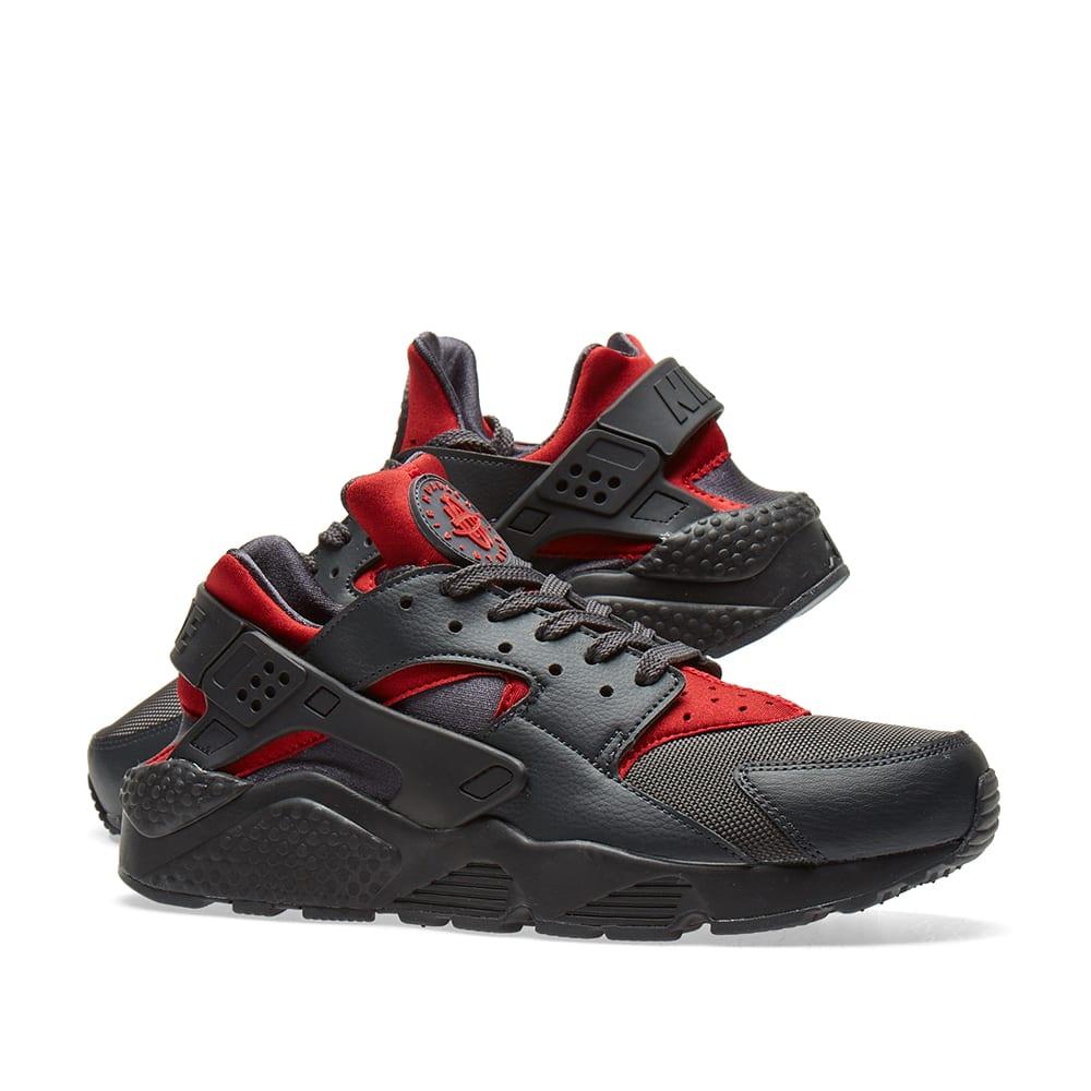 21c2ca10d1f2 Nike Air Huarache Run. Gym Red