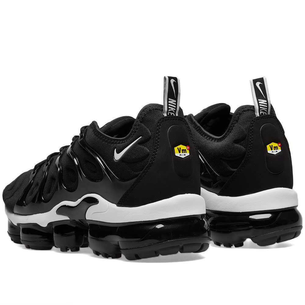 huge discount 9c085 5741f Nike Air VaporMax Plus Black   White   END.