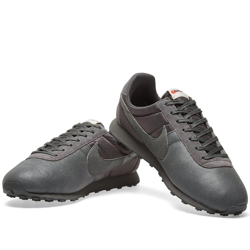 95603c93af Nike W Pre Montreal Racer Premium Midnight Fog & Black | END.