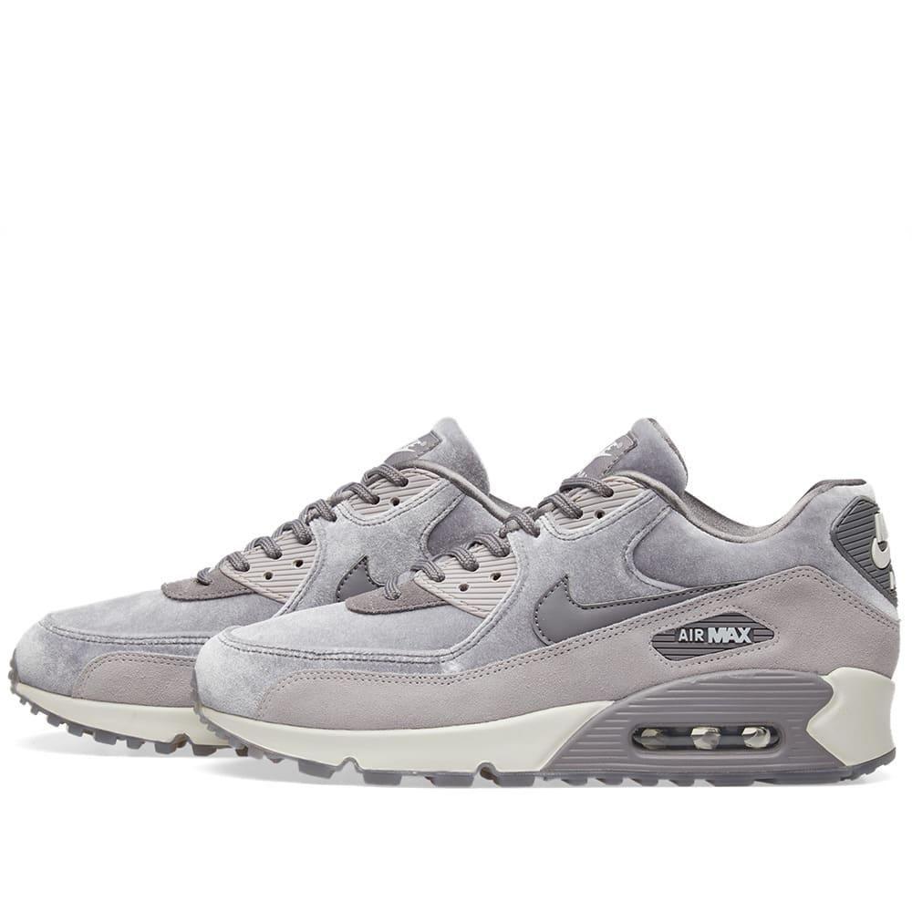 free shipping 8b9e2 175e5 Nike Air Max 90 LX W Gunsmoke, Grey   White   END.