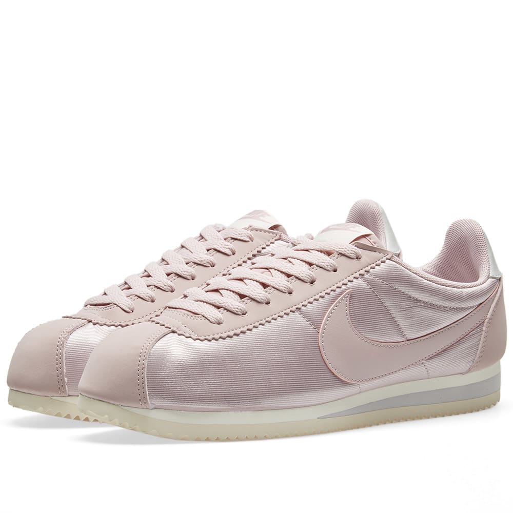 new style 27000 17290 Nike Classic Cortez Nylon W Particle Rose, Grey   Sail   END.