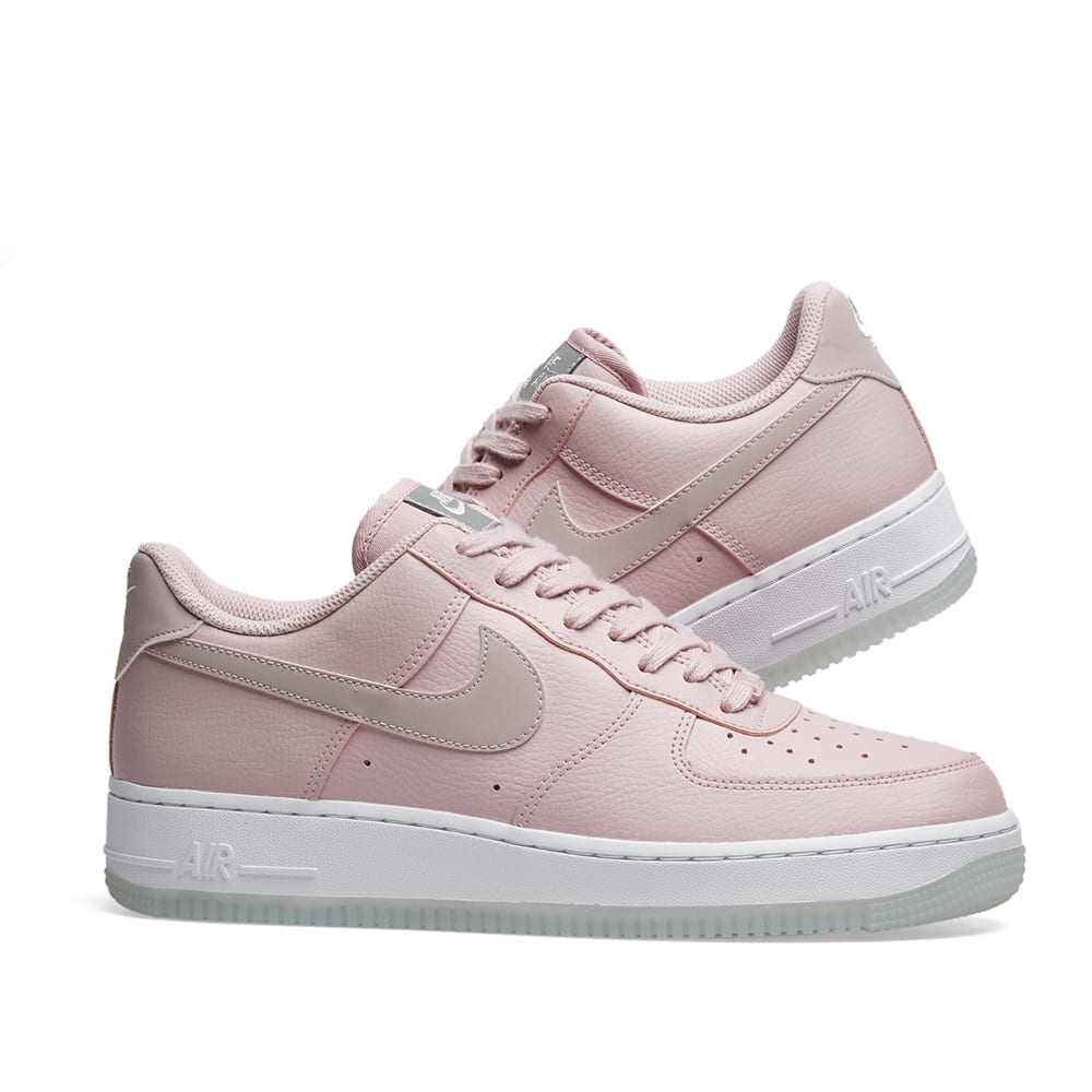 super popular 8e7d9 a8a54 Nike Air Force 1  07 Essential W. Plum Chalk, White   Metallic
