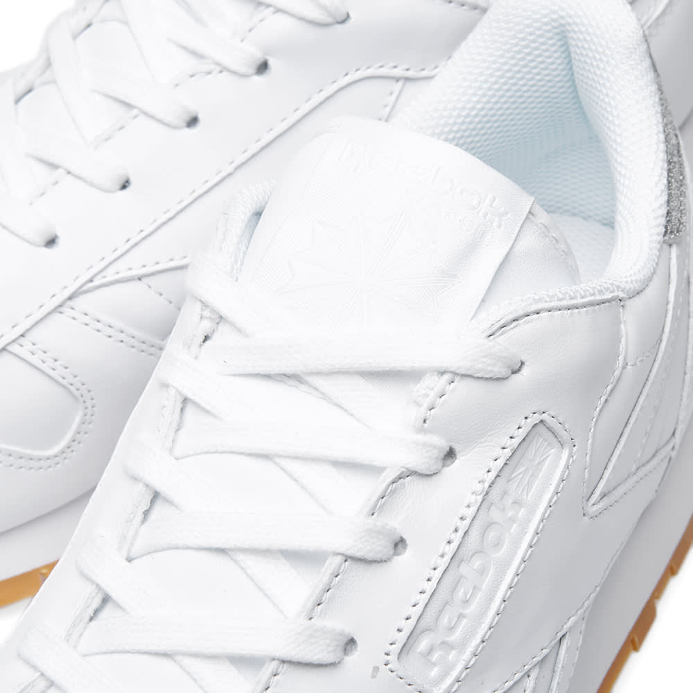 83d92803857 Reebok Women s Classic Leather  Diamond  White   Gum