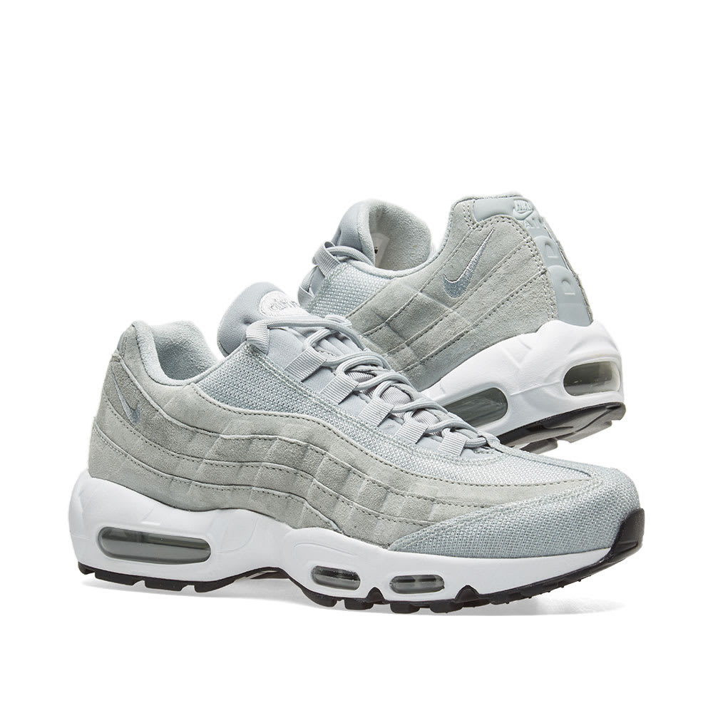 NIKE AIR MAX 95 PREMIUM W LIGHT PUMICE & WHITE TRAINERS IN