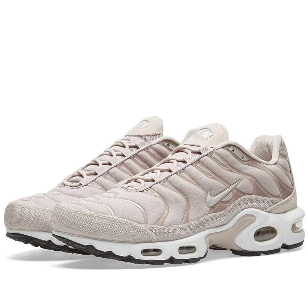 Nike AIR MAX TN beige