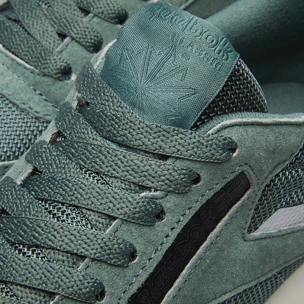 c28847f78b7aa Reebok Classic Leather Ripple Chalk Green   Whisper Teal