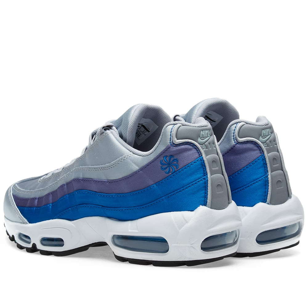 separation shoes 8e16c 7989b Nike Air Max 95 SE Grey, Blue Nebula   Purple   END.