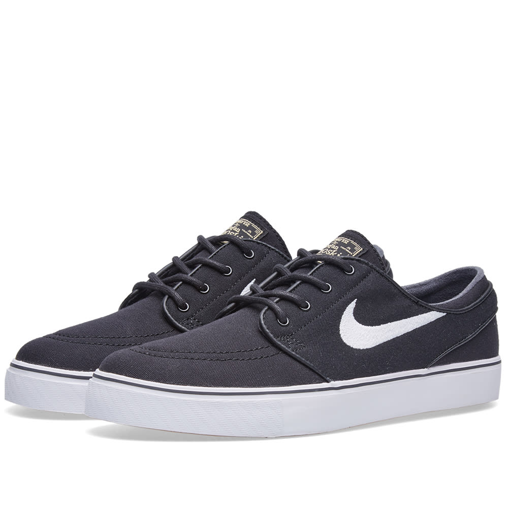 buy popular aed27 51628 Nike SB Zoom Stefan Janoski Black   White   END.