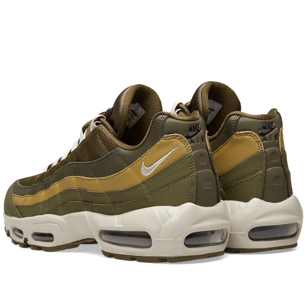 Nike NIKE Air Max 95 essential sneakers men AIR MAX 95 ESSENTIAL 749,766 303 olive [load planned Shinnyu load in reservation product 1112 containing]