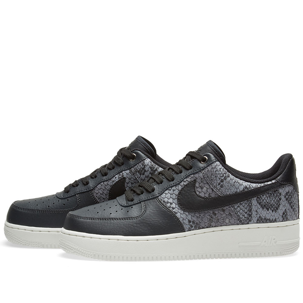 huge selection of 8fe79 a7663 Nike Air Force 1 07 LV8 Anthracite, Black   White   END.