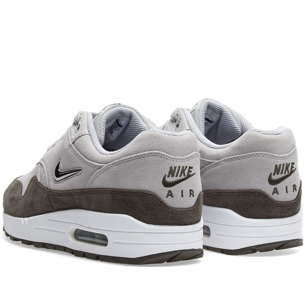 65ba9bacf6d3 Nike Air Max 1 Premium SC W Wolf Grey & Metallic Pewter | END.