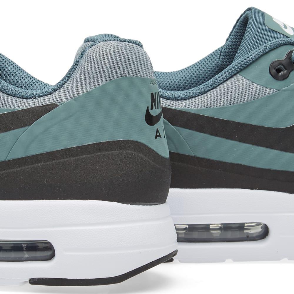 huge discount 30589 b33f2 Nike Air Max 1 Ultra Essential. Shark, Black   Hasta