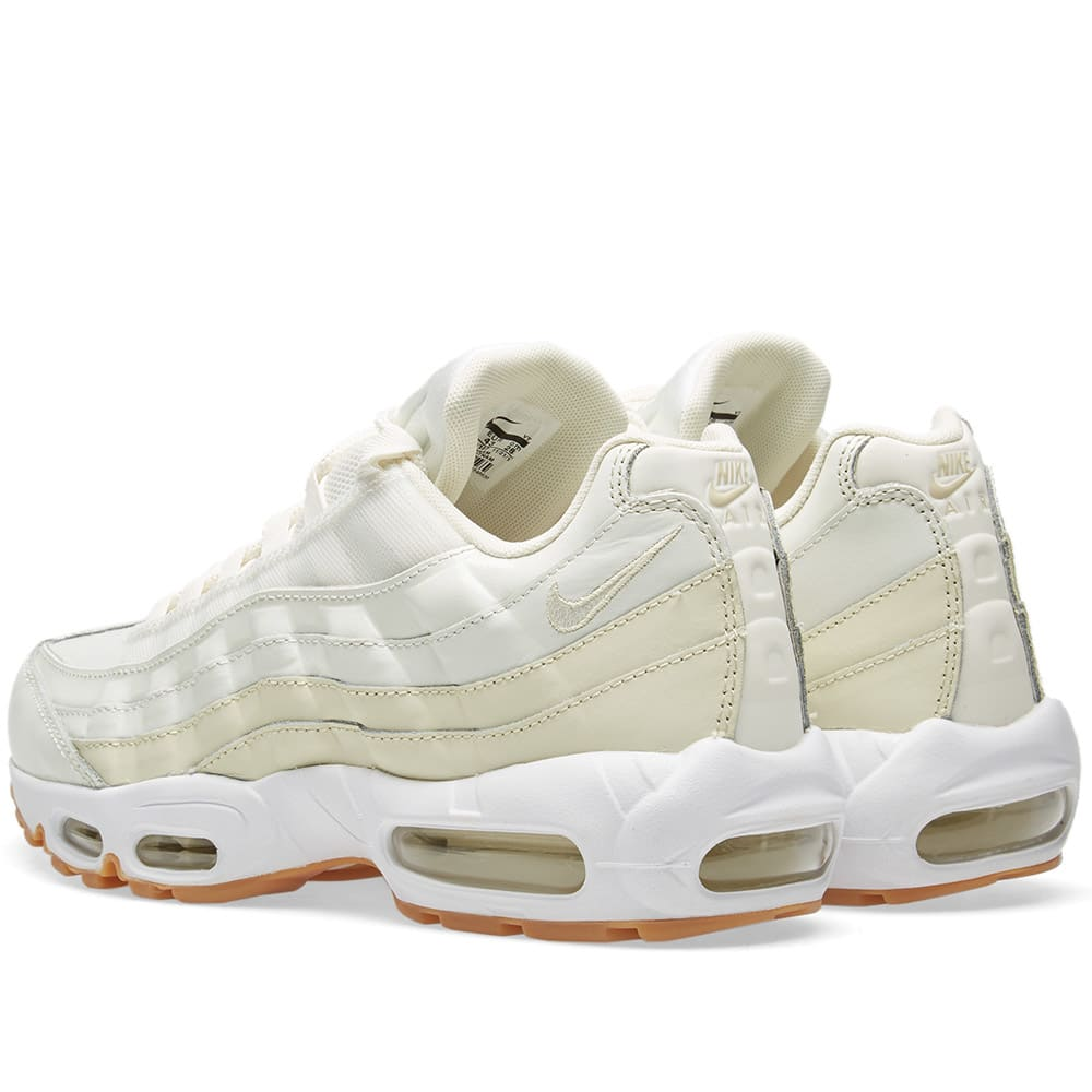sports shoes 742cb 3fcf2 Nike Air Max 95 W Sail, Fossil   Light Brown   END.