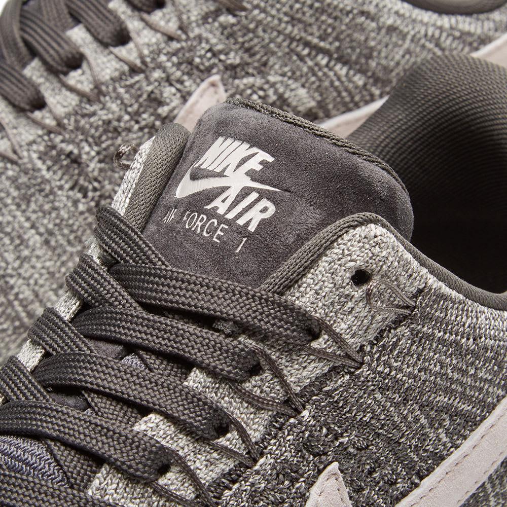 385dbaebc0669 Nike Air Force 1 Flyknit Low W Midnight Fog