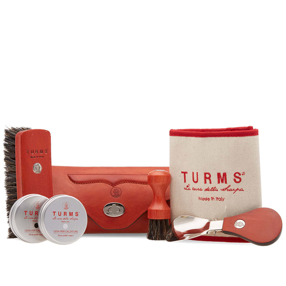 TURMS Turms Hand Stitched Beauty Care Kit in Red