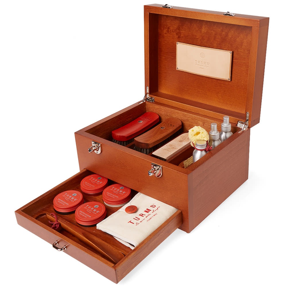 TURMS Turms Wooden Care Case in Brown
