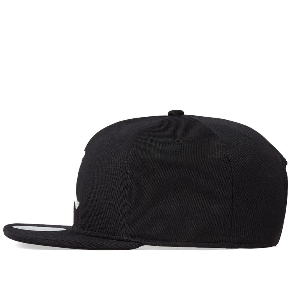 f2a61cee88106 Nike Jordan Jumpman Snapback Cap Black   White
