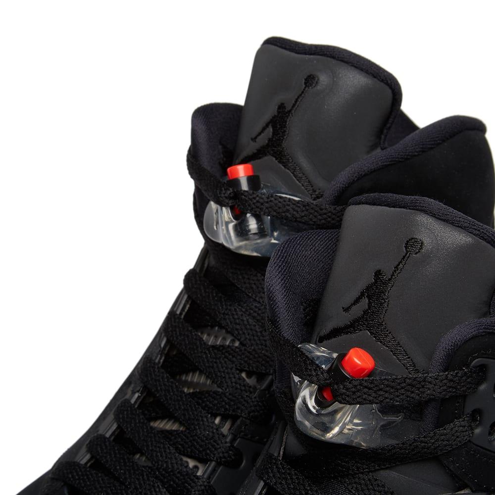 huge selection of bc926 255db Jordan x Paris Saint-Germain Air Jordan 5 Retro Black   END.