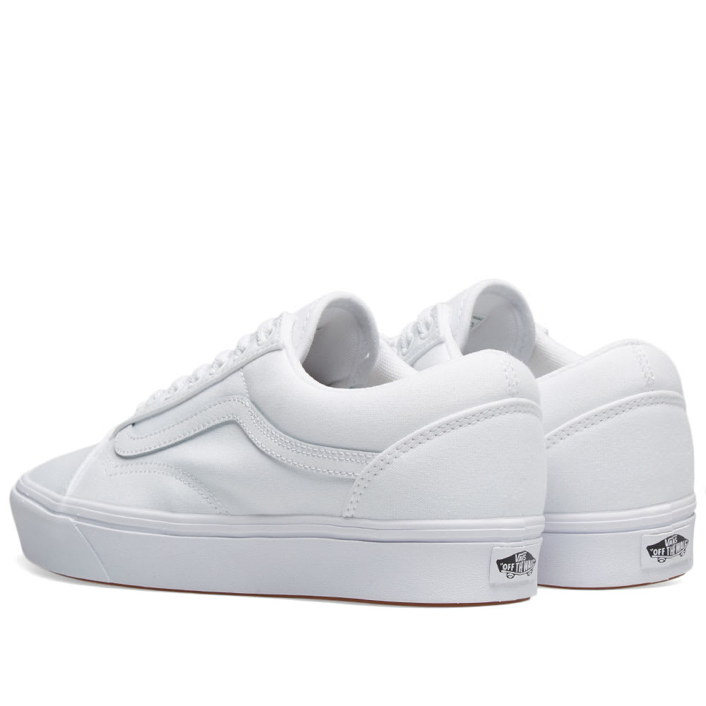 78a98ba7de23b Vans UA ComfyCush Old Skool True White | END.