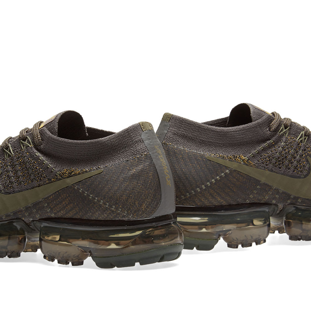 sports shoes 08bc3 559d8 NikeLab Air VaporMax Flyknit