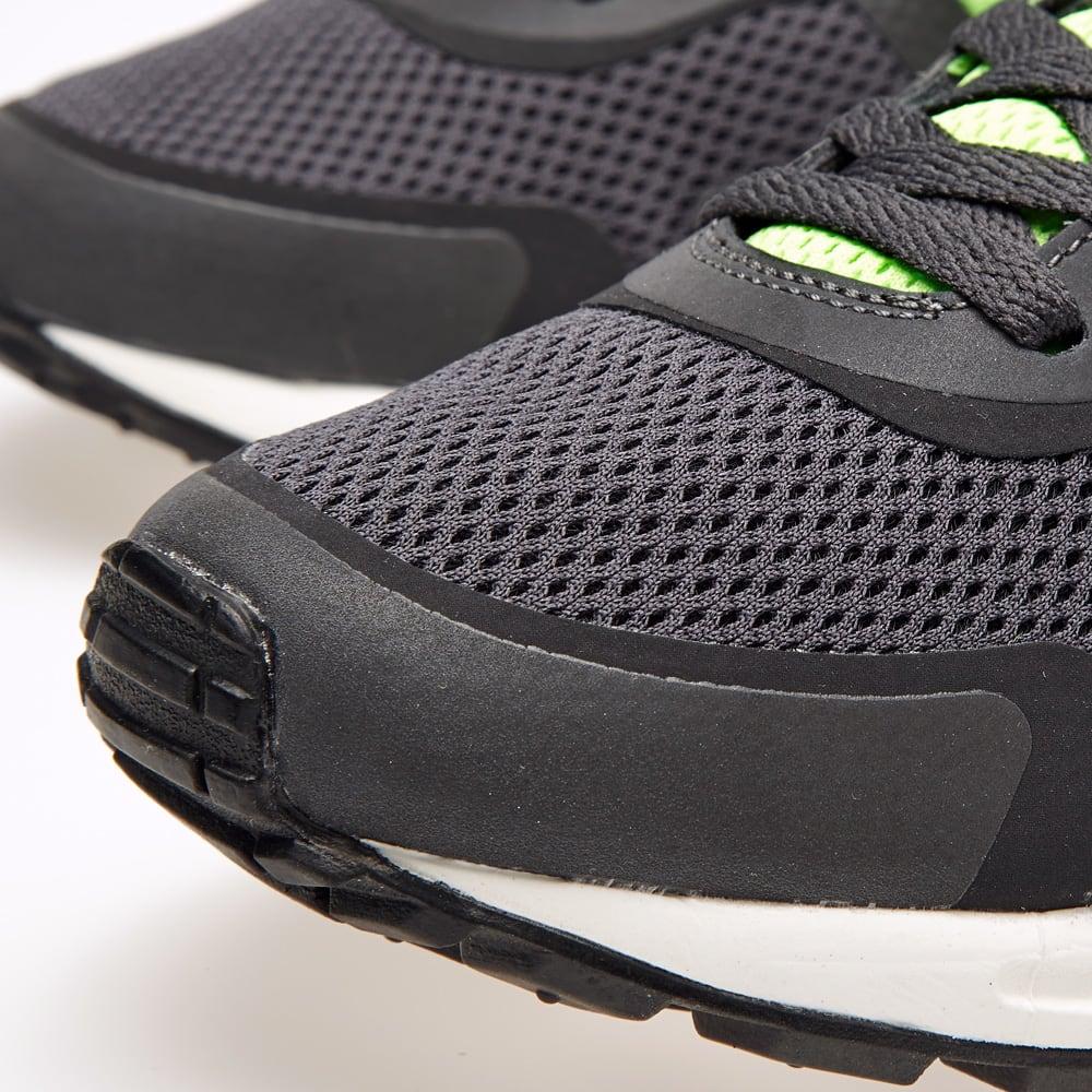 Nike Air Pegasus 8330