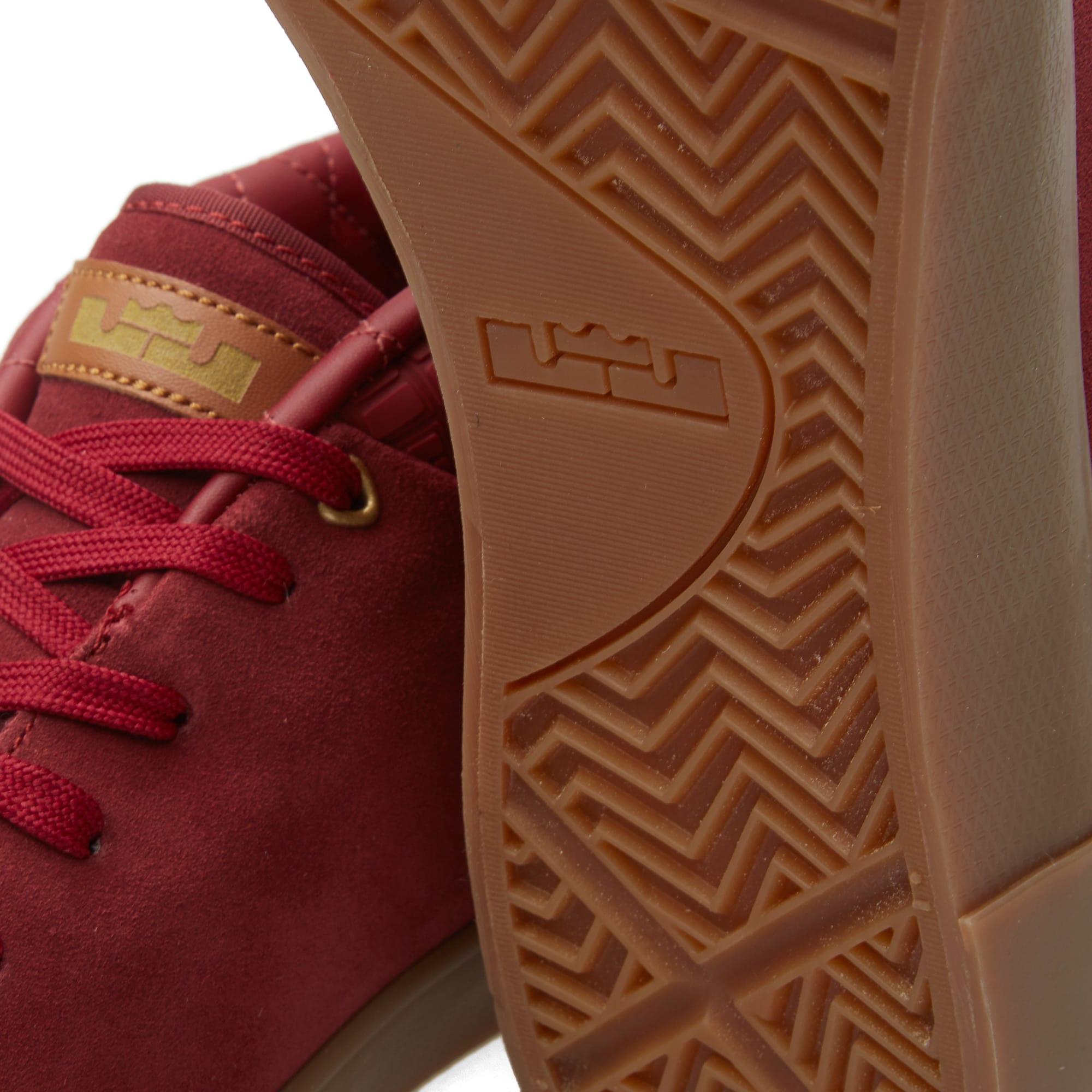 84b8760306a4 Nike Lebron XIII Lifestyle Team Red   Metallic Gold