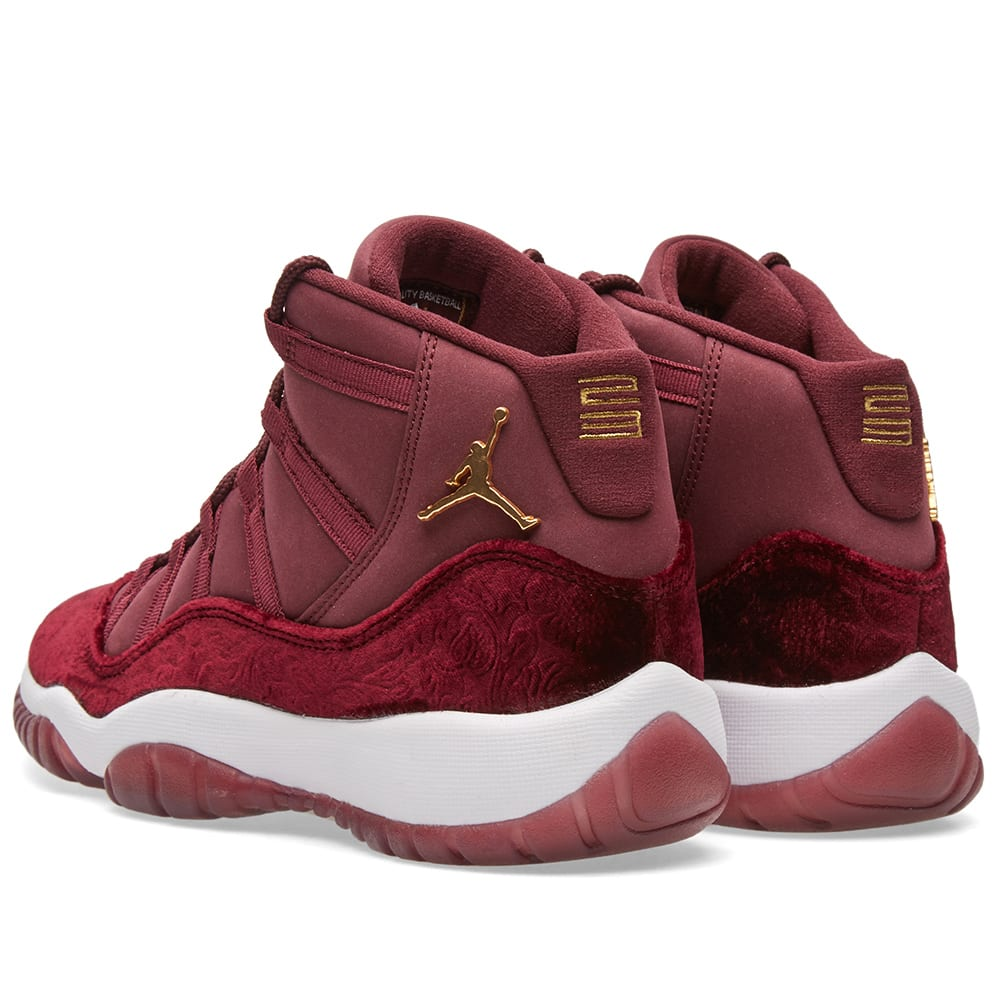 46d34e5dcf374 Nike Air Jordan 11 Retro GG Night Maroon   Metallic Gold