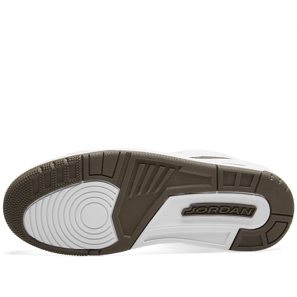 quality design 1dfe6 8c003 Air Jordan 3 Retro White, Dark Mocha   Chrome   END.