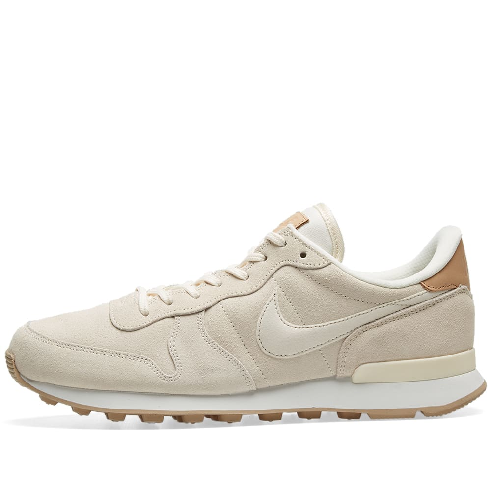nike internationalist dames beige goud