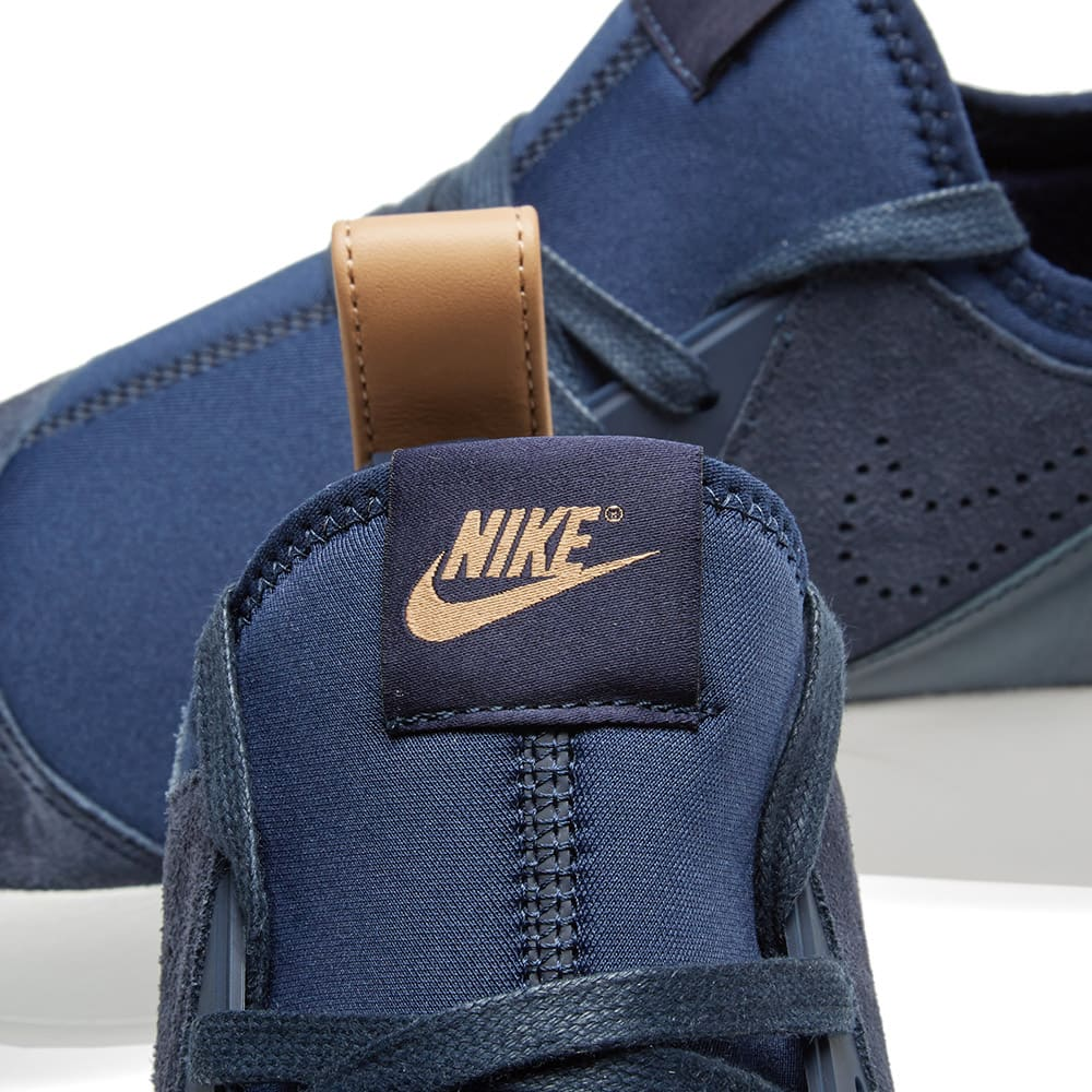 detailed look 8461b 07e71 Nike Lunarcharge Premium Obsidian & Armory Navy | END.