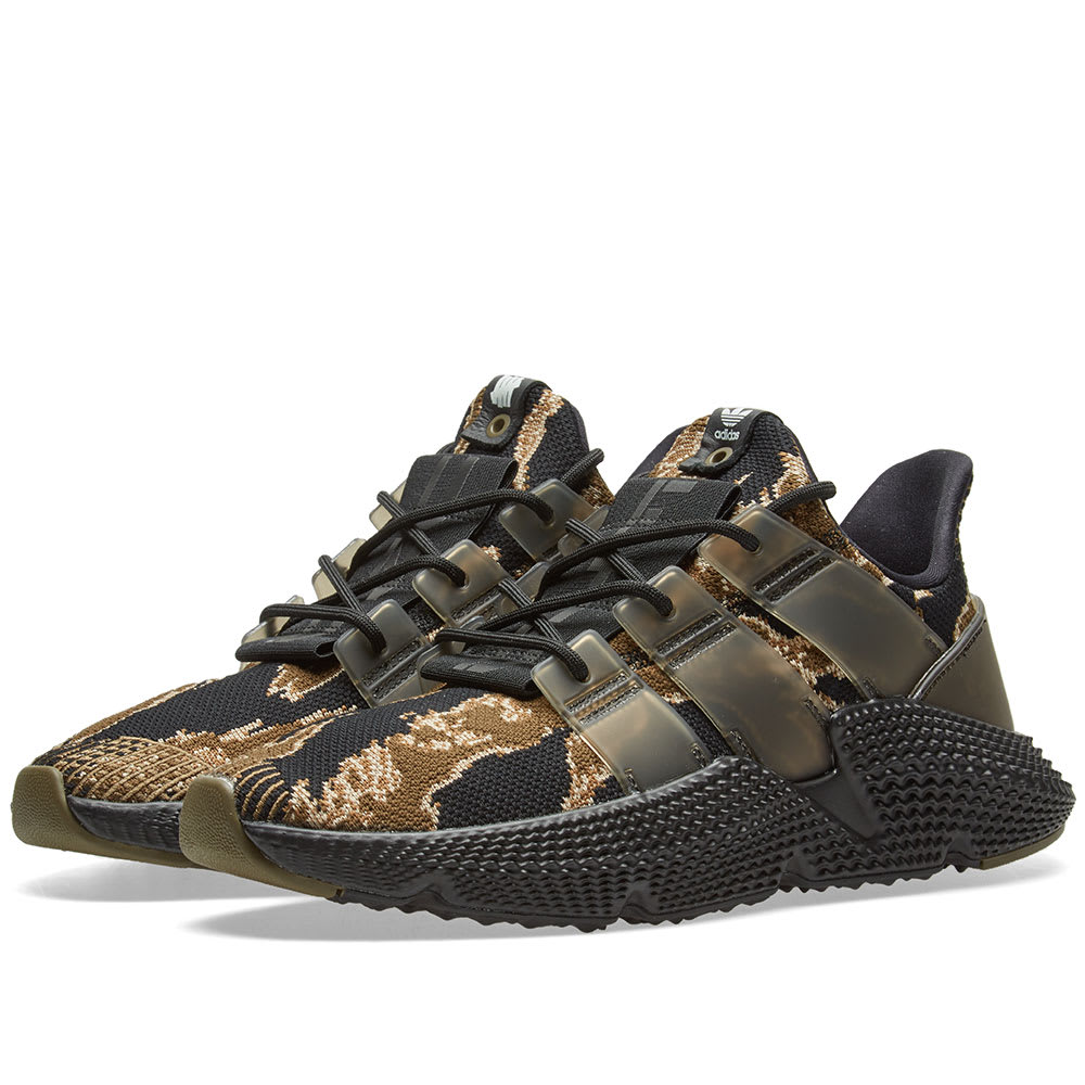 best loved f2541 a5e9d Adidas Consortium x Undefeated Prophere