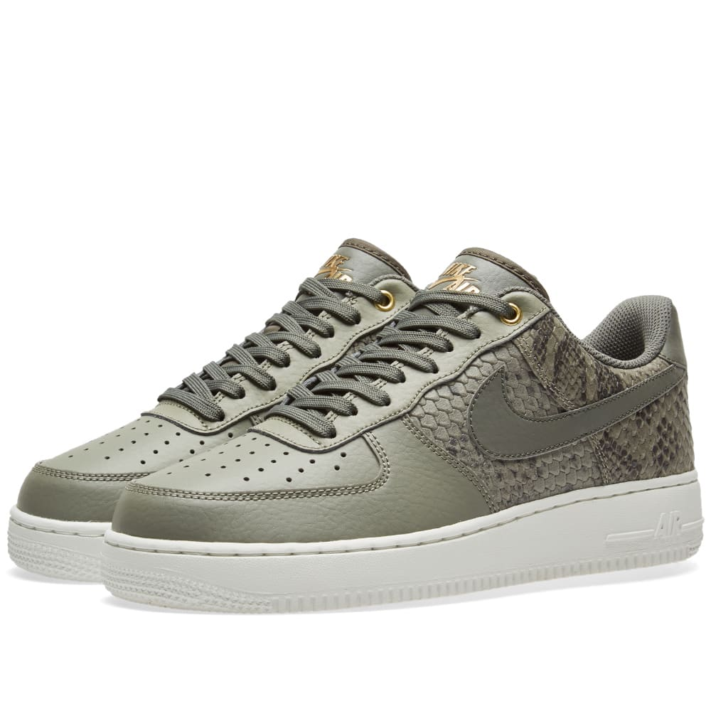competitive price 783a9 356ea Nike Air Force 1 07 LV8 Dark Stucco   River Rock   END.