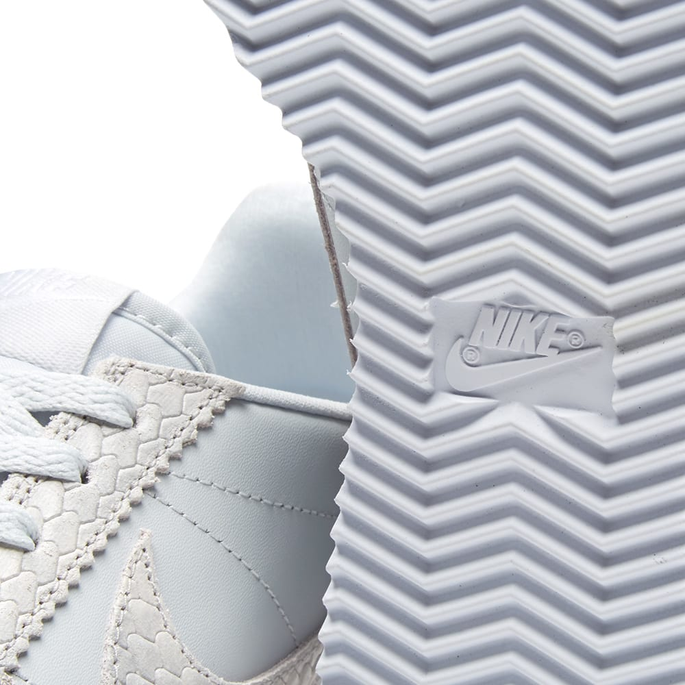 Nike Classic Cortez Pure Platinum Snake (W) 905614 001