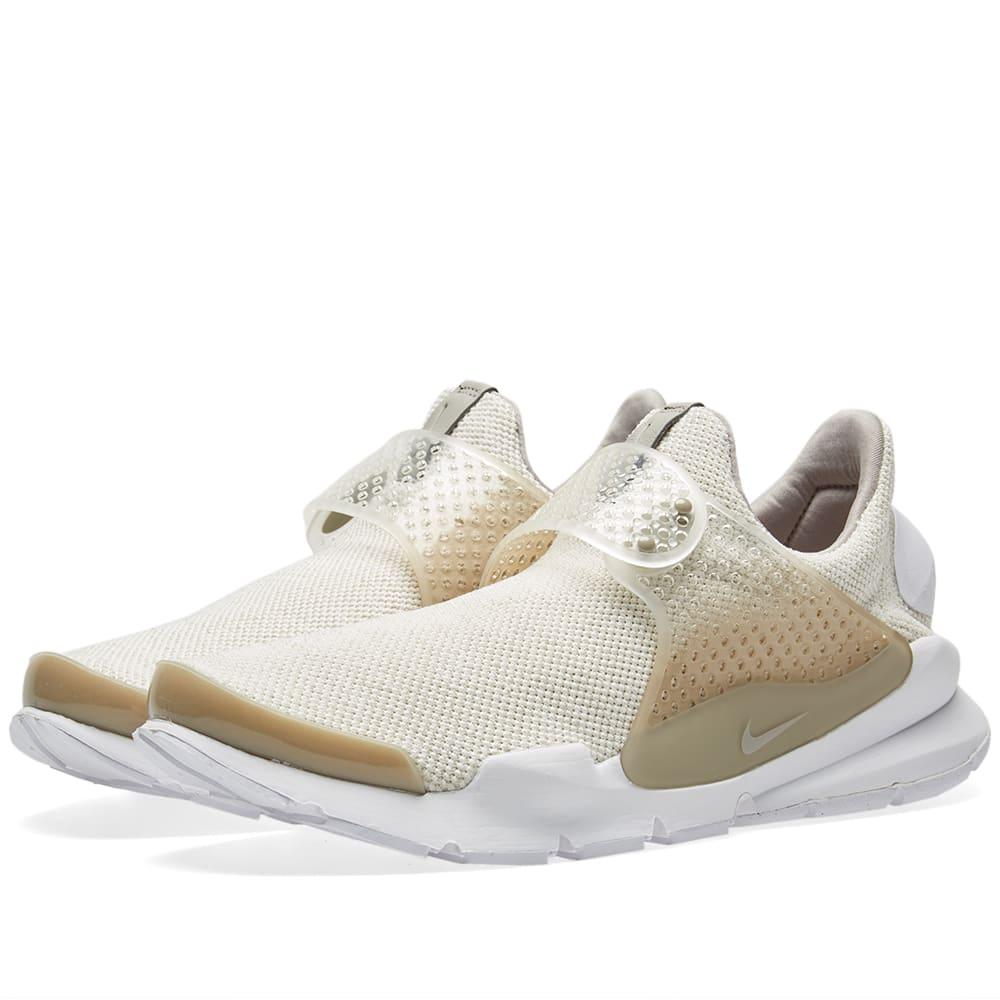 brand new d5cfe af13c Nike Sock Dart SE Sail, Cobblestone   Brown   END.