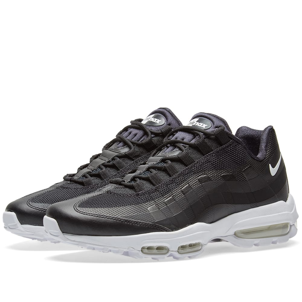 nike air max 95 ultra essential black white. Black Bedroom Furniture Sets. Home Design Ideas