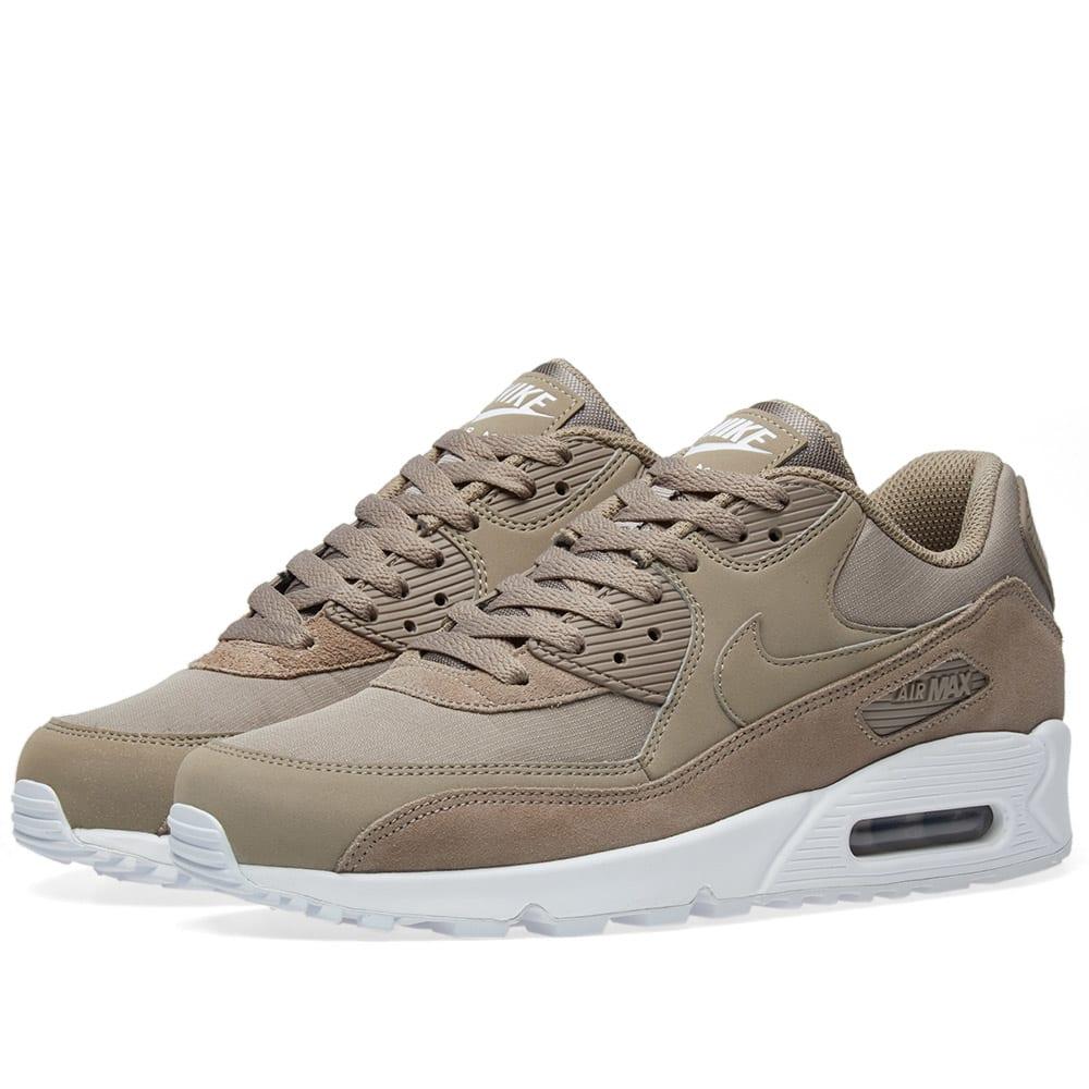 reputable site 3c2ab 99d76 Nike Air Max 90 Essential