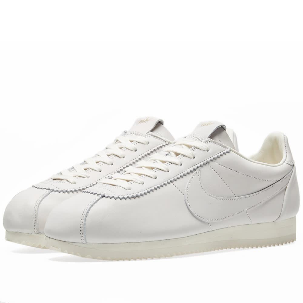low priced d7692 03989 Nike Classic Cortez Premium QS TZ Sail   END.