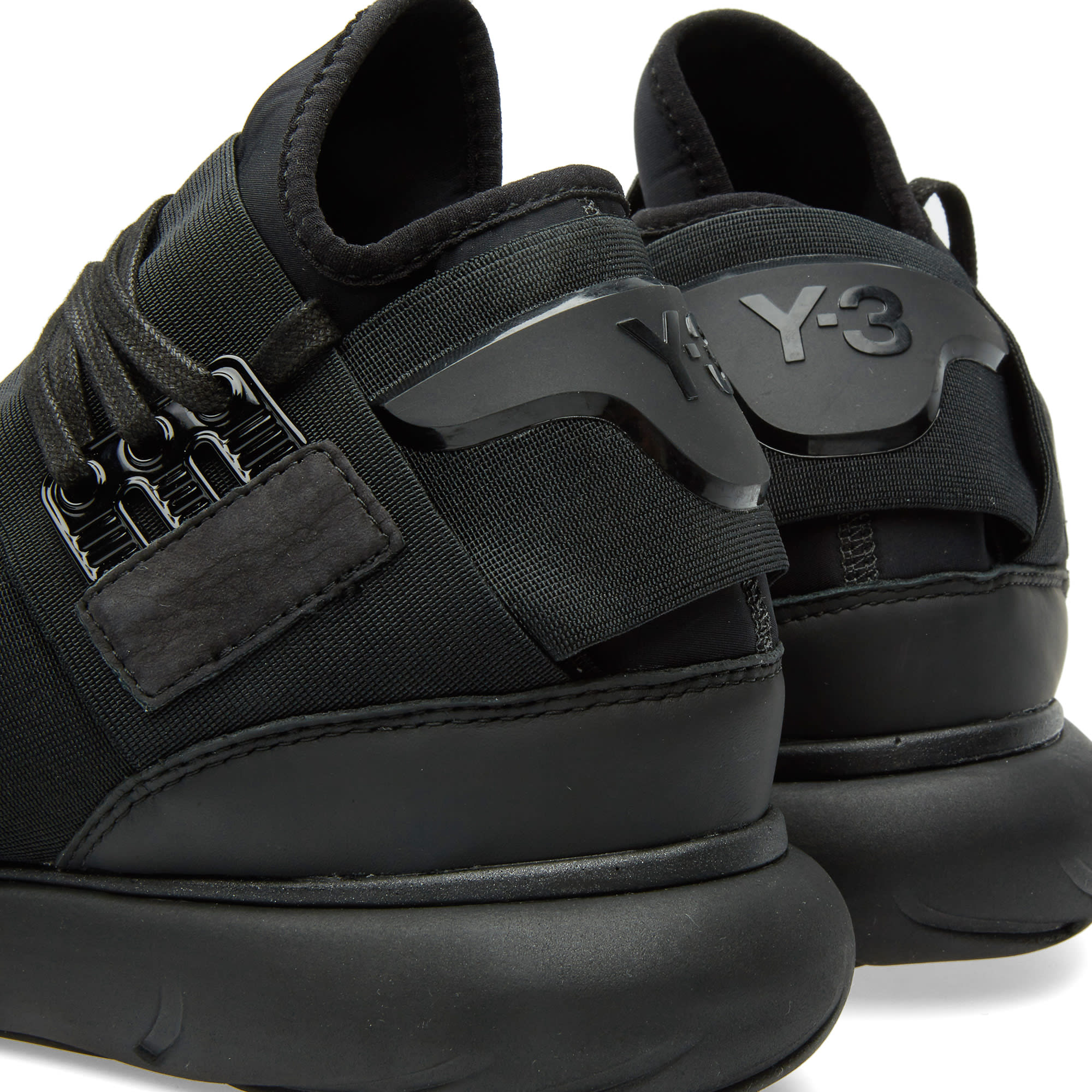 0a574bd100901 Y-3 Qasa High Black