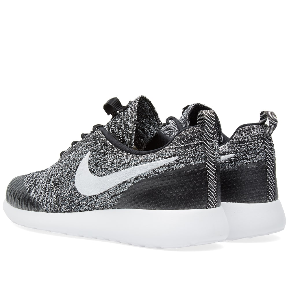 separation shoes 6403f 39fea Nike W Roshe One Flyknit