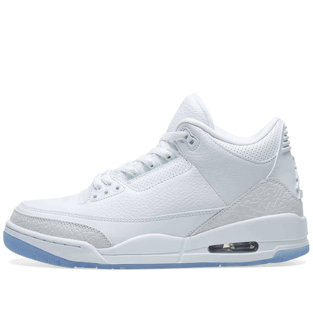 5cd6a3a9eb976d Air Jordan 3 Retro White